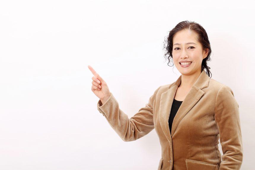 薄毛&抜け毛対策は万全?50 代以降の女性におすすめしたい育毛剤はこの5選!