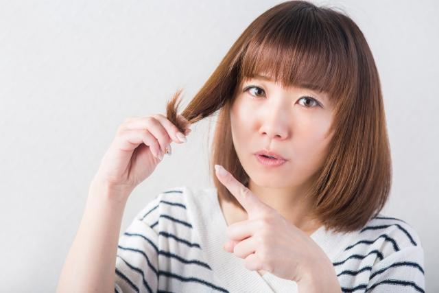 頭皮にニキビは女性の育毛の阻害要因!!ニキビができる原因と対策は!?