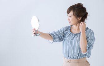 女性の髪はなぜボリュームダウンする?薄毛・抜け毛の原因&対策方法